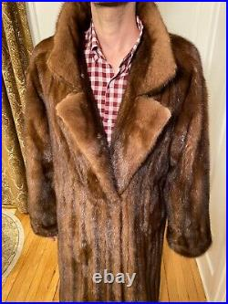 49 Mens Chocolate Brown Mink Real Fur Jacket Size 40R Large Over Top Coat Notch