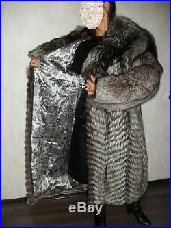 A fine royal fur coat from a silver fox large (not a mink, not a sable)