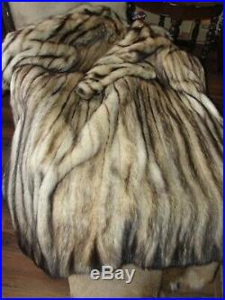 Beautiful Full Length Fitch German Sable Fur Coat Fits Med X- Large