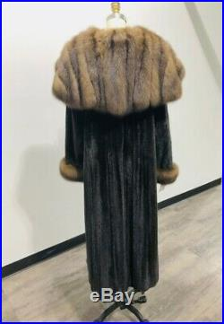 Russian Sable Trimmed Blackglama Type Ranch Mink Coat Size 10 12 / 168760