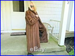 SENSATIONAL GLOW(REDDISH BROWN) MINK COAT With FEMALE SKINS FROM BRAZIL SIZE MED