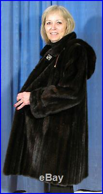 SHOWROOM NEW DARK RANCH FEMALE MINK STROLLER FUR COAT WithDETACHABLE HOOD